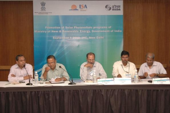A view of the government-industry interaction. (L-R): D. Majumdar, Dr. Dr B.M.S. Bist, Dr. A. Raza, BV Rao and AK Varshney