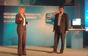 Diane M. Bryant, CIO Corporate VP Intel IT, Intel Corp. and R. Ravichandran, director, Sales & World Ahead Program - Asia, Intel Technology India Pvt Ltd at the launch of the Xeon 7500 processor series in Bangalore.